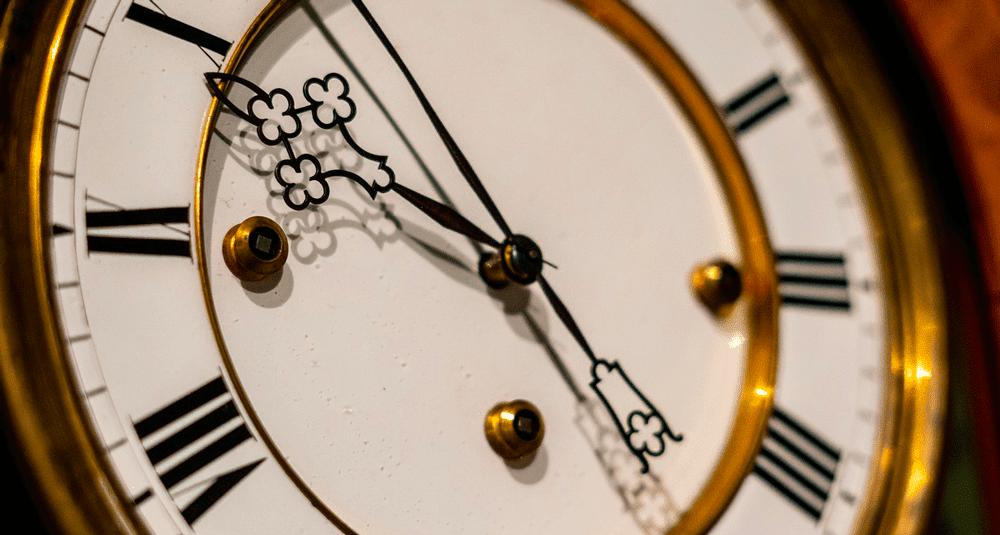 alea-quiz-quel-mathematicien-et-astronome-a-ameliore-le-mecanisme-de-l-horloge-a-pendule-en-1656