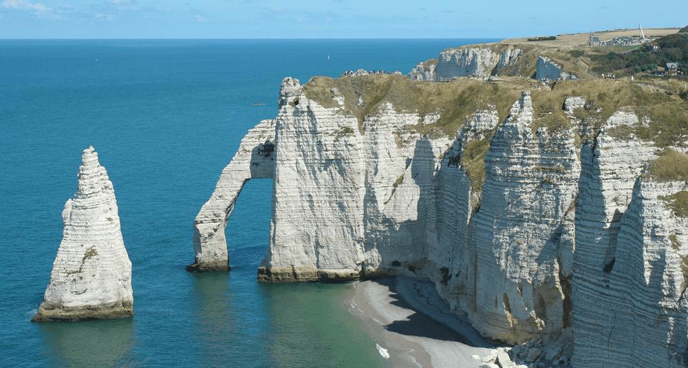 alea-quiz-dans-quel-departement-francais-se-situent-les-falaises-d-etretat