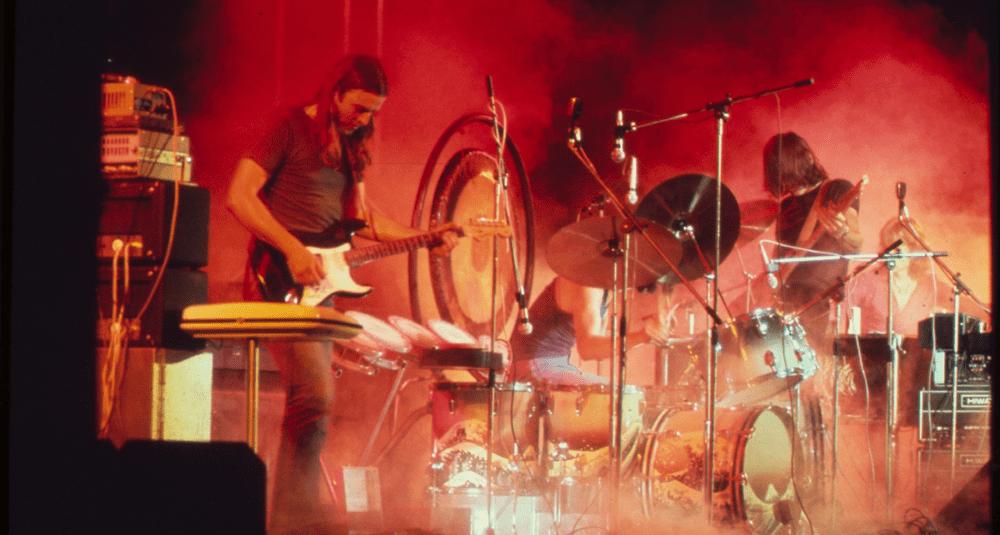 sur-quel-album-du-groupe-de-rock-britannique-pink-floyd-la-chanson-money-figure-t-elle