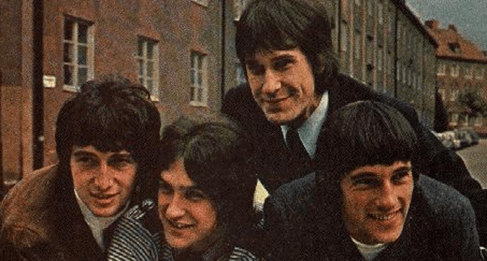 sur-quel-album-du-groupe-de-rock-britannique-the-kinks-la-chanson-you-really-got-me-figure-t-elle